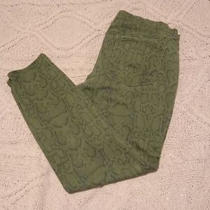 Snakeskin Print Old Navy Rockstar Jeans - 18